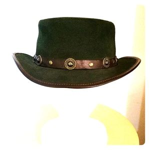 Vintage Winfield Cover Co. Hat